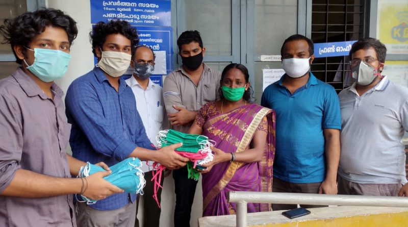 Vidya Engineering College makes and supplies masks to Puthukkad Panchayath